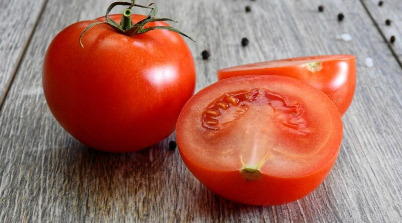 Tomato Masks For Glowing Skin