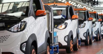 Auto Industry Demands Separate Policy